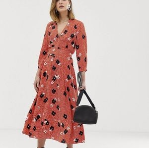 ⬇️ Whistles dress from ASOS